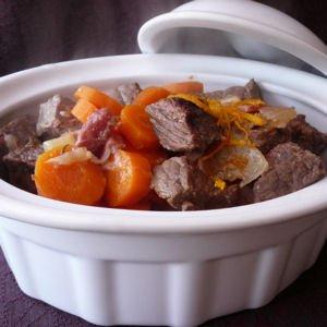 http://cuisine.journaldesfemmes.com/gastronomie/cocottes-et-mijotes-papilles-comblees/boeuf-tout-orange.shtml